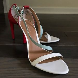 NWT Calvin Klein heels sandal